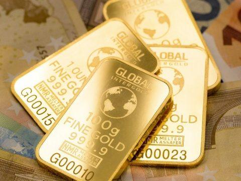 CCR a respins sesizarea PNL şi USR asupra legii privind aducerea rezervelor de aur în ţară. Aurul nostru revine acasă
