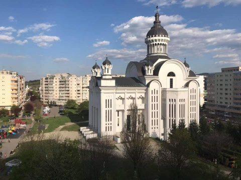 Catedrala ortodoxă din Mănăștur și-a deschis prima oară porțile la nava mare de Florii