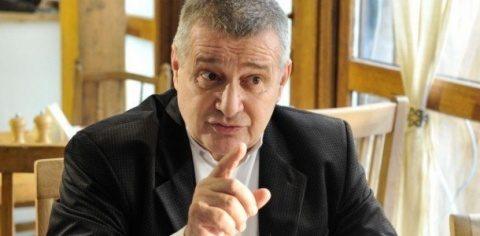 Poetul anticomunist Mircea Dinescu cere să fie șters dintre membrii fondatori ai GDS