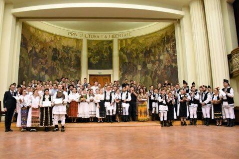 Studenții UBB au organizat un Spectacol Intercultural cu ocazia împlinirii a 100 de ani de Universitate românească la Cluj-Napoca