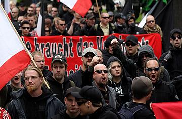 Primarul român din oraşul german Görlitz amenințat de extrema dreaptă