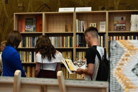 Casa de Cultură a Studenților Cluj-Napoca are bibliotecă cu peste 500 de volume