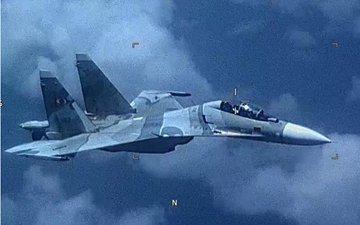SUA susţin că un avion de vânătoare din Venezuela a urmărit în mod agresiv o aeronavă de recunoaştere americană în spaţiul aerian internaţional