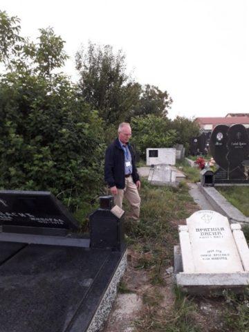 Tensiuni între Belgrad şi Priştina în urma vandalizării mai multor morminte într-un cimitir ortodox sârb din Kosovo