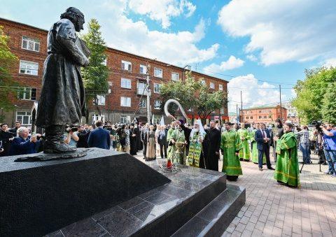 Primul monument în cinstea marelui teolog-martir Pavel Florenski a fost inaugurat în Rusia