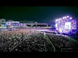 90.000 de oameni la concertul lui Robbie Williams