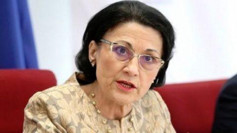 Ecaterina Andronescu, demisă din Guvern