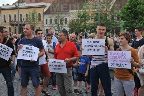 500 de oameni s-au adunat în Piața Unirii din Cluj Napoca la protestul dedicat Diasporei