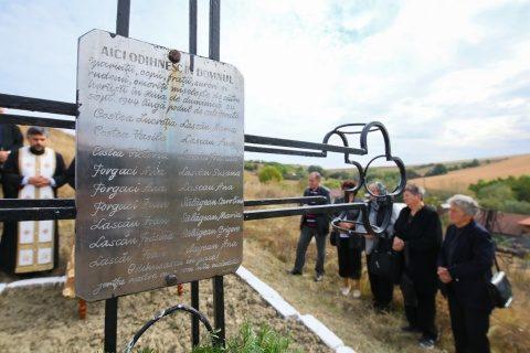 Martirii uciși de horthyști de la Hărcana-Turda comemoraţi la 75 de ani de la moartea lor