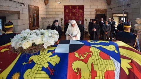 Patriarhul României a adus un omagiu Reginei Elena la Palatul Elisabeta