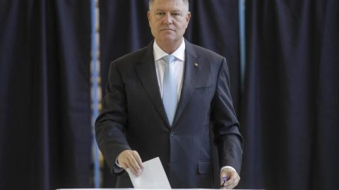 Rezultate finale Cluj: Candidatul PNL Klaus Iohannis câștigă alegerile cu 42,09%. Pe podium au mai urcat Dan Barna și Viorica Dăncilă