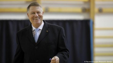 La presiunea românilor, Klaus Iohannis menține deschise piețele în aer liber