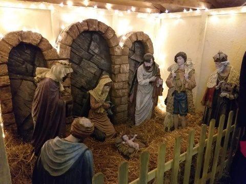 Dupa protestele de anul trecut scena Nașterii Domnului a revenit la Târgul de Crăciun din Cluj-Napoca