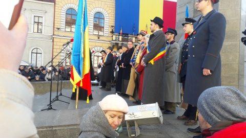 Actorii Teatrului Național Cluj au interpretat scena Marii Uniri de la Alba- Iulia