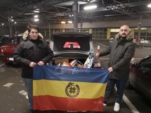Ajutor Umanitar Acordat de o Comunitate Naționalistă