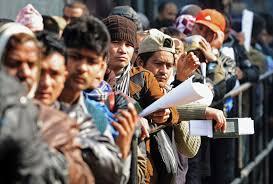 Mii de indieni vin la muncă în România cu permise speciale. Imigrație mascată?
