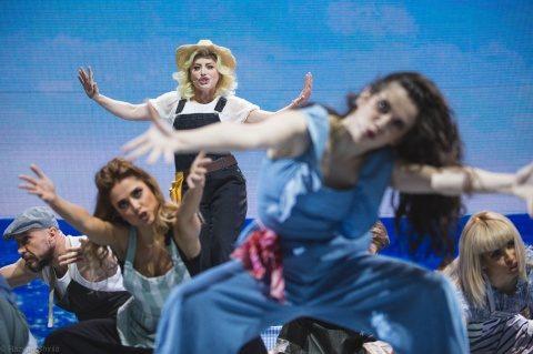 """""""Mamma Mia!"""", cel mai iubit musical din România, în ajun de Crăciun la BT Arena Cluj-Napoca"""