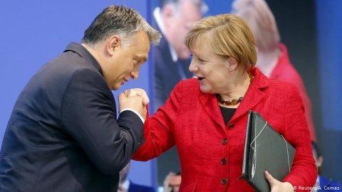 Merkel l-a primit cu fast pe Orban la Berlin si a laudat progresul extraordinar al Ungariei