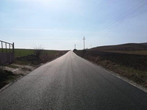 Finalizate lucrările de asfaltare pe drumul județean 103G Săndulești – (DJ 103I) Cheile Turzii