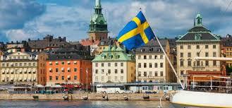 Suedezii își plantează cipuri sub piele pentru a favoriza distanțarea socială împotriva COVID 19