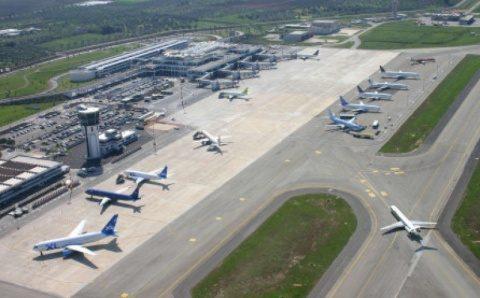 Zborurile interne au fost reluate de pe aeroportul Cluj