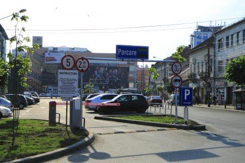 Cadrele medicale pot să parcheze gratuit în zona centrală a Clujului
