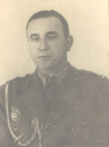29 mai 1962. Este executat, la Jilava, colonelul Arsenescu, unul din liderii grupului de rezistență din Munții Făgăraș