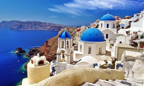Ministrul Economiei Virgil Popescu a ratat acordul de turism cu Grecia, Bulgaria și Serbia. Vrea turism sigur în România
