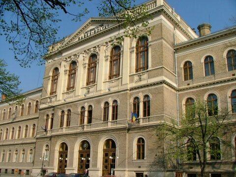 Un profesor emerit al Universității Babeș-Bolyai din Cluj-Napoca (UBB) a fost inclus în topul celor mai citați autori