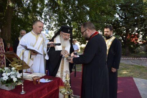 Pacienții si medicii Secţiei de Hematologie a Institutului Oncologic din Cluj-Napoca vor avea biserică