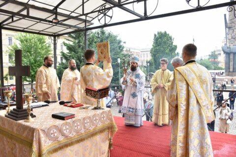 Duminica a 6-a după Rusalii, la Catedrala Mitropolitană din Cluj-Napoca:  Nu mai e nevoie să cultivăm o cultură a fricii