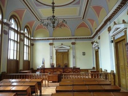 Judecătoare din Cluj critică autorităţile pentru modul în care au gestionat situaţia la ceremoniile de înmormântare ale interlopului bucureștean