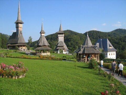 Euronews Travel recomandă vizitarea Maramureşului pentru bisericile sale unice