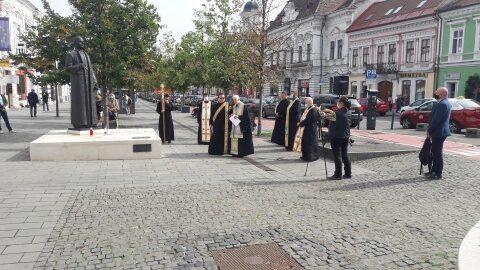 PS Florentin Crihălmeanu a sfinţit placa memorială de pe soclul statuii Cardinal Iuliu Hossu
