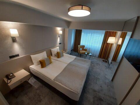 """Complexul hotelier Univers """"T"""", în plin proces de modernizare"""