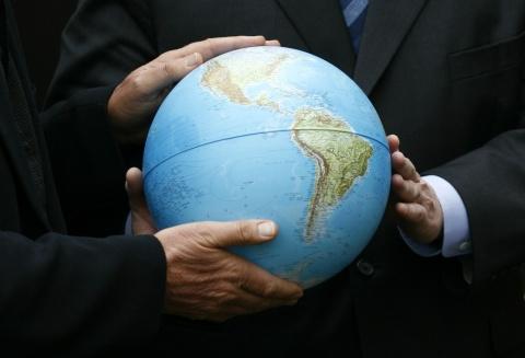 Globalismul ca formă de nebunie absolută
