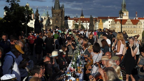 Masca nu mai este obligatorie în Cehia.Restricțiile anulate. Parlamentul ceh nu a mai votat starea de urgență