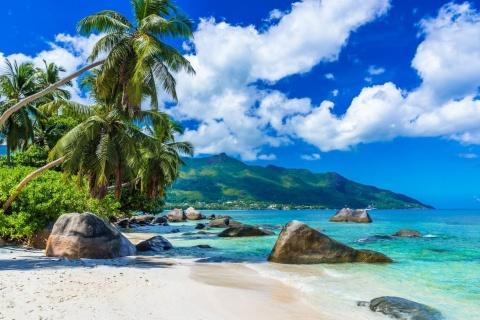 Insulele Seychelles vor fi deschise şi pentru turiştii nevaccinaţi. Libertate