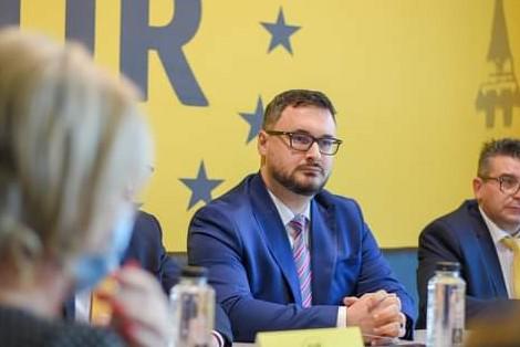 Deputat Dan Tanasa: Ziua de 9 mai este o zi de sărbătoare națională pentru întreg poporul român, o zi cu totul specială