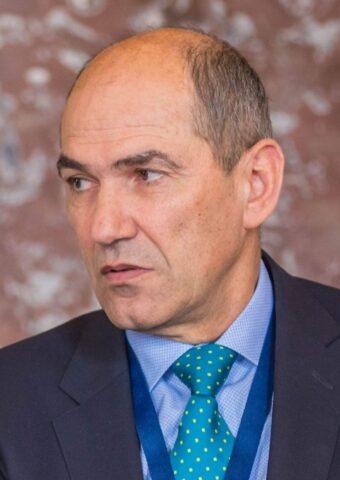 Premiul Sloveniei, atac dur la birocrații de la Bruxelles