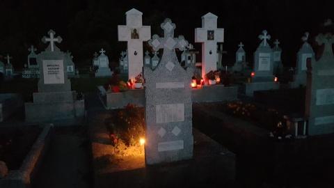 Seara comemorativă, la mormântul părintelui Nectarie Ciolacu de Sâmbăta de Sus, fostul lider al Rezistenței dobrogene