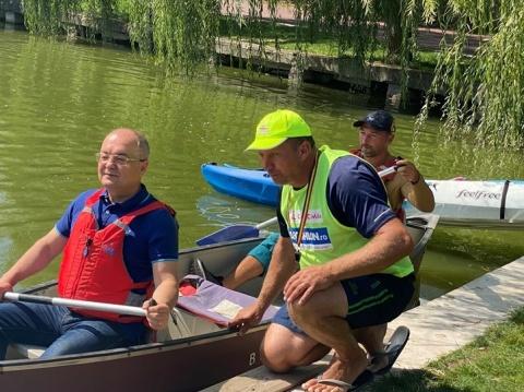 Caiac Smile a organizat o serie de antrenamente de canoe pe lacul din cartierul Gheorgheni în memoria lui Ivan Patzaichin