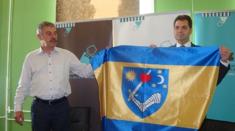 Guvernul Cîțu a adoptat prin HG steagul județului Covasna