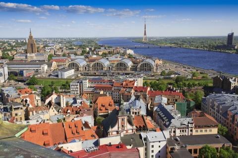 Regulile carantinei generale din Letonia se aplică inclusiv vaccinaților. Vor fi închise magazinele, restaurantele, instituțiile de divertisment, şcolile şi serviciile neesenţiale. Carantina nocturnă