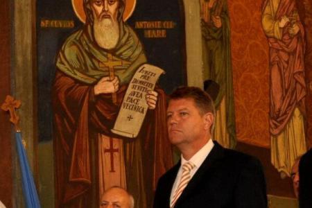 Trece la ortodocşi? După critici dure, președintele Iohannis va participa duminică la liturghie, la Catedrala Mitropolitană Ortodoxă