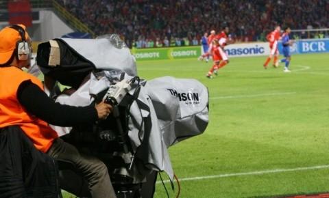 Paszkany a plătit drepturile TV
