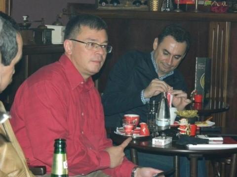 Deși trebuie să fie apolitic șeful SIE, MRU, se ține de Paranghelie la Arad, cu Vasile Blaga și Gheorghe Falcă