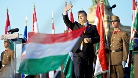 Viktor Orban îl acuză pe Soros că plătește în secret pentru a influența politica Ungariei