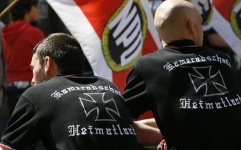 Extrema dreaptă şi naţionaliştii din Germania se mobilizează împotriva migranţilor musulmani, avertizează şeful spionajului(Video)