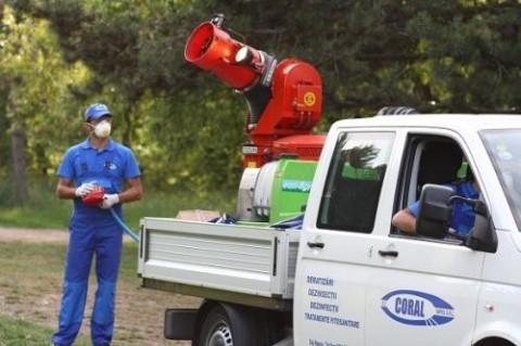 Acțiune de efectuare tratamente fitosanitare la arborii și arbuștii din oraș